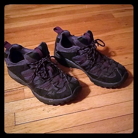 6570683b82 Black/Damson Merrell Siren Sport 2 Hiking Shoes. M_5a73c4d83a112e105195529e